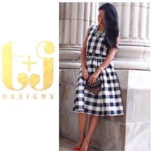 T&J Designs Plaid midi skirt